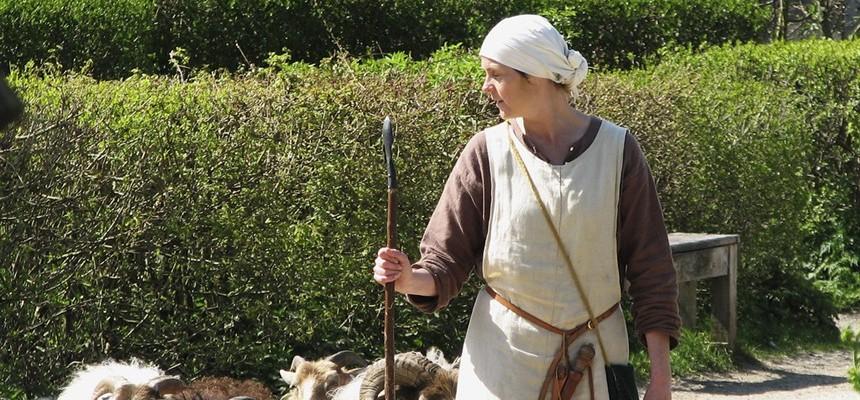On Good Shepherds and Good Mothers