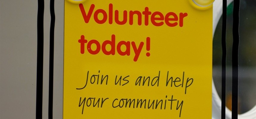 Want to be happy? Try volunteering