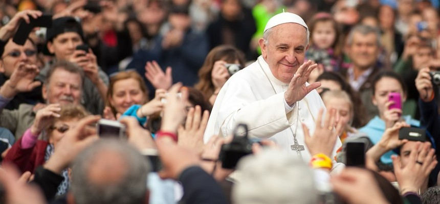 Pope Francis Donates Medical Equipment to Armenia