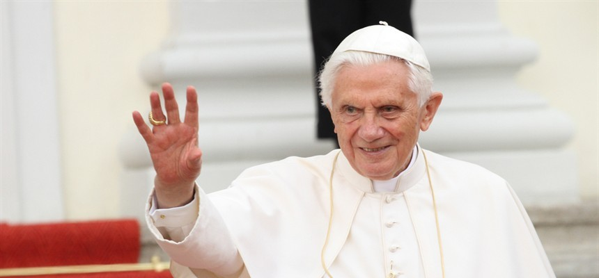 Pope Emeritus Benedict XVI Thanks Cardinal Nichols for Well Wishes on 94th Birthday