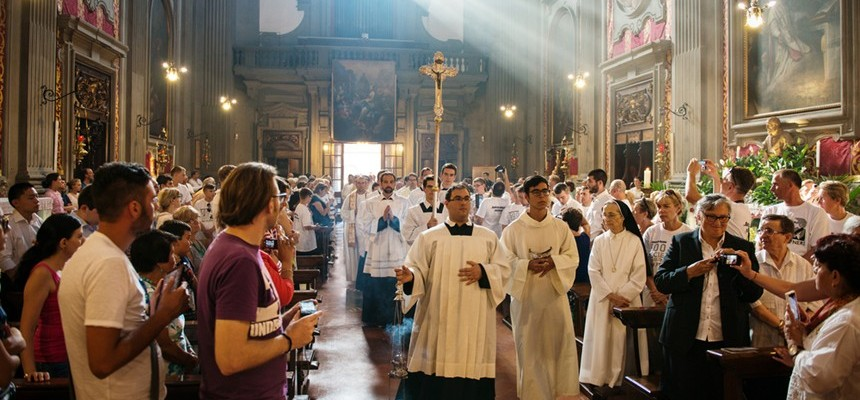 Bring Me Souls:Redeeming the world with Christ through daily Mass, Divine Mercy and the Flame of Love