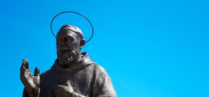 Healer of Souls: a Padre Pio story