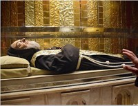 Is God On the Verge of Judging the Catholic Church and the World Because of Their Failure to Pray and Seek Holiness?